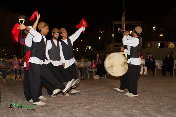 traditional persian dancers