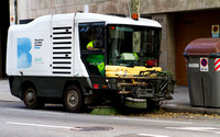 Street sweeper machine cleaning